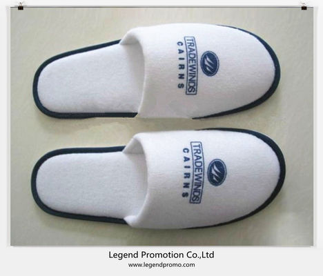 China Cheap disposable hotel slippers with Customized logo distributor